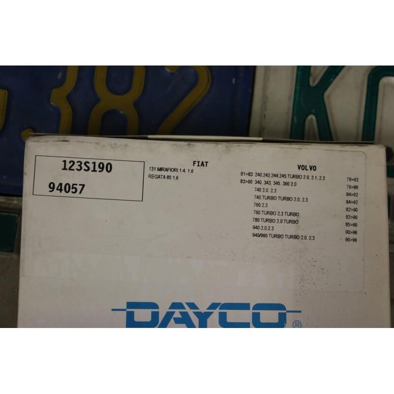 Courroie distribution dayco pour fiat 131 berline ou volvo for Comparateur garage courroie de distribution