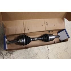 Cardan pour Nissan Maxima 3,0l v6 95-99-- boite auto