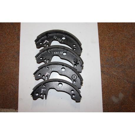 Garniture de frein 180X42 pour PEUGEOT 104 R12 R14 R18 BERLINE