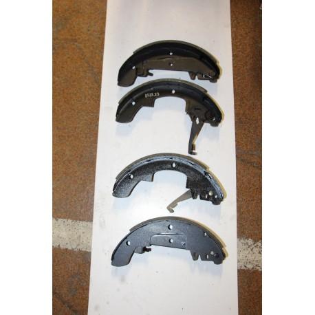 Garniture de frein TALBOT HORIZON MONTAGE ATE 78-81 TALBOT ALPINE  MONTAGE ATE 78-84 PEUGEOT 305 D 78-82
