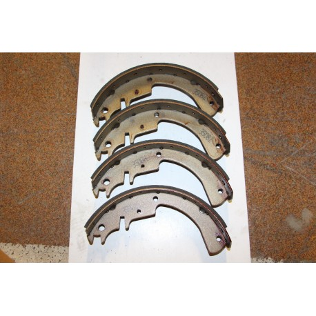 Garniture de frein OPEL CAVALIER 1,6 BREAK 88-95