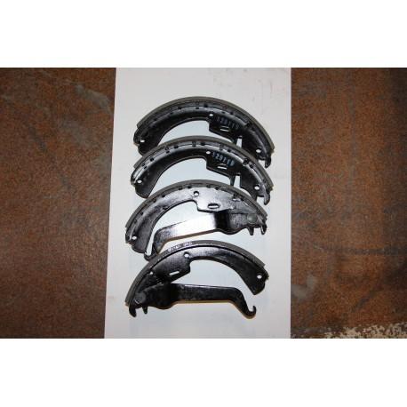 Garniture de frein pour OPEL ASCONA B 79-81 230X51 Vintage