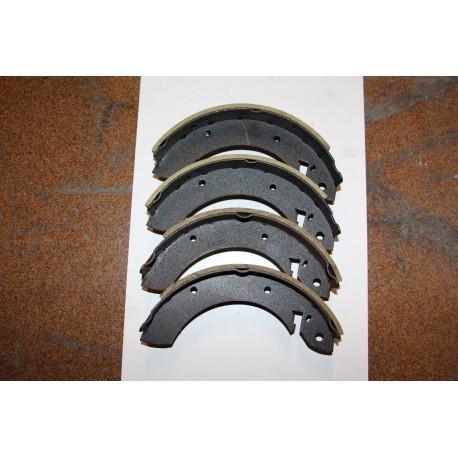 Garniture de frein pour FORD CONSUL ET GRANADA 72-85