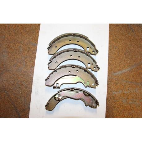 Garniture de frein pour Ford Escort 1,1l 1,3l 1,6 80-86 203x38
