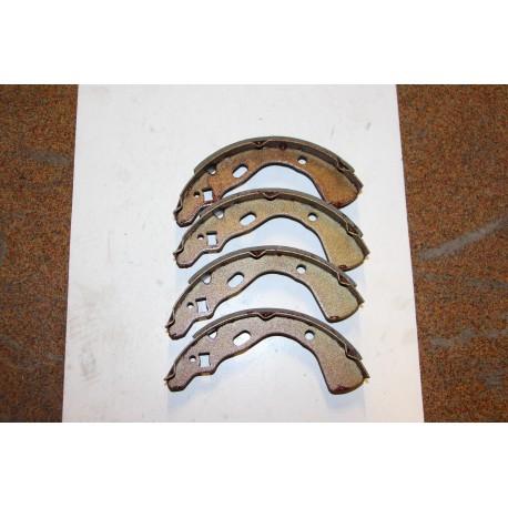 Garniture de frein KIA PRIDE 06/91 ET APRES pour MAZDA 121 02/88-02/91