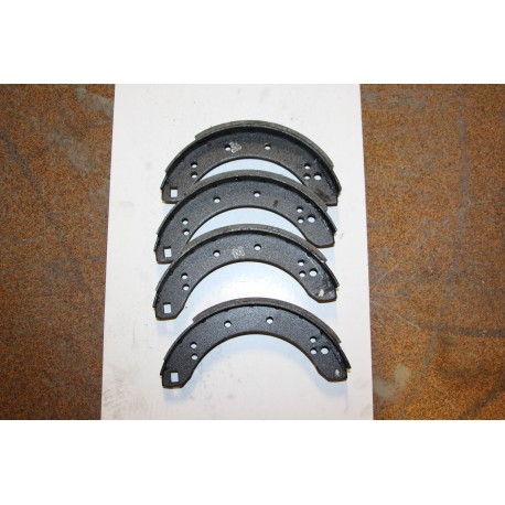 Garniture de frein VAUXHALL VIVA (HA) 64-66 (HB) 66-70 (HC) 70- FIRENZA 71-73 /  BEDFORD VAN 64-70 BEAGLE ESTATE 66-69