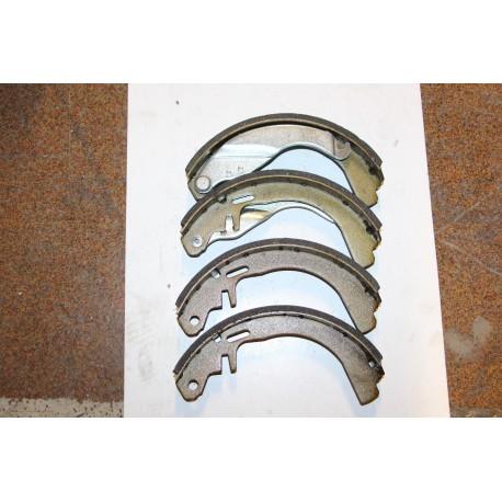 Garniture de frein pour OPEL ASTRA 1,2 79-91 1,6 1,6 79-84 NOVA