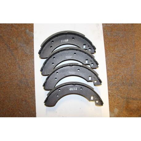 Garniture de frein pour FORD CAPRI 1,6 ET 2,0 74-83 1,6 2,0