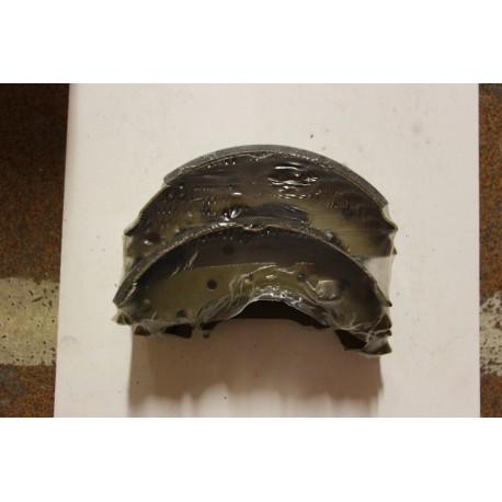 Garniture de frein pour RENAULT (R12, R18)/pour PEUGEOT 4-77(G)