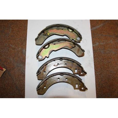 Garniture de frein pour FORD ESCORT 80-91 203,2X38 Vintage