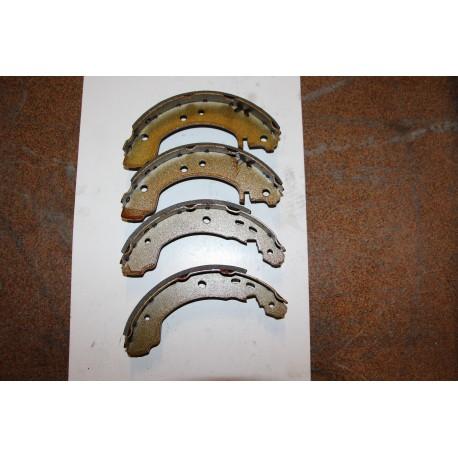 Garniture de frein PRIMERA 1,6 2,0 DIESEL 6,90-- 203X38