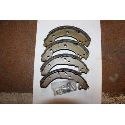 Garniture de frein pour FORD FIESTA COURRIER 91-02 203x38
