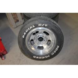 4 Jantes et pneus 15'' 235/60 R15 98S Radial G/T Vintage