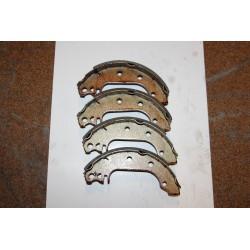 Garniture de frein pour FORD FIESTA DE 9,76-7,83 ET XR2