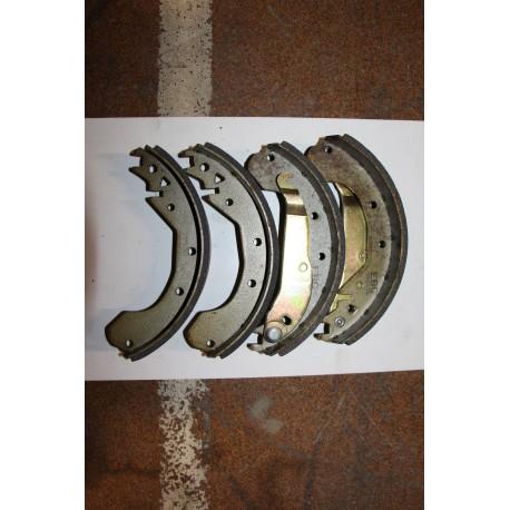 Garniture de frein OPEL-VAUXHALL-CARAVAN AUTOM DIESEL-1600 D-CARAVAN- 1800-2000-E-VAN 230x50