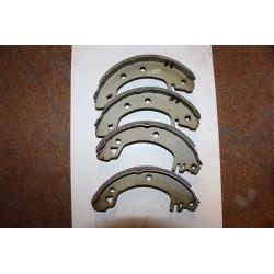 Garniture de frein pour FORD SIERRA 1,6L 82-93 203x39