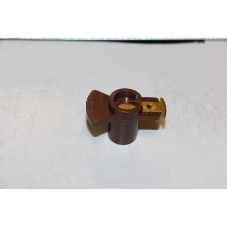 Doigt d'allumeur pour PSA 205 (XY) R11 R25 R19 1,4L