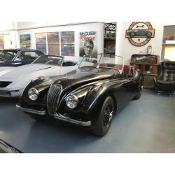 Jaguar XK120 Roadster Vintage Garage