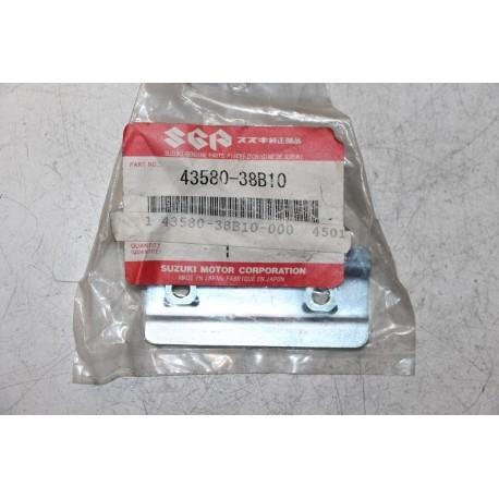 Protection sous cale pied avant pour Suzuki VS1400 VS600  VS750  VS800  VZ800 ref 43580-38b10