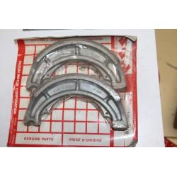 Mâchoires de frein pour Suzuki VS600 95-97 VS800 92-97 VZ800 97-04