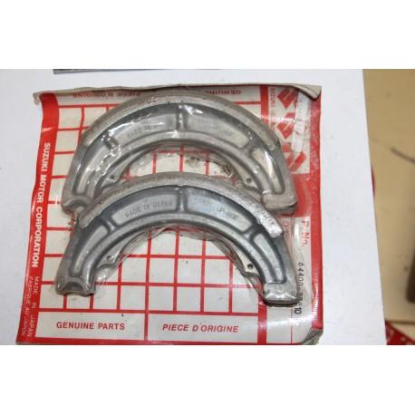 Mâchoires de frein pour Suzuki VS600 95-97 VS800 92-97 VZ800