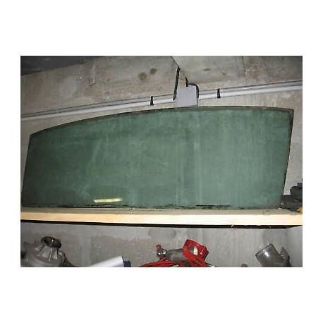 Lunette arrière teinté pour FORD MUSTANG 67-68 d'occasion